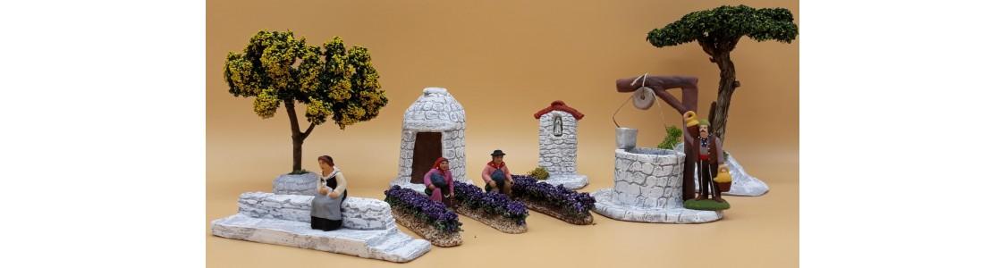 Santons et décors de crèches artisanaux par L'atelier des sources.